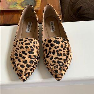 Gently worn Steve Madden Feather Leopard Flat. 9.5